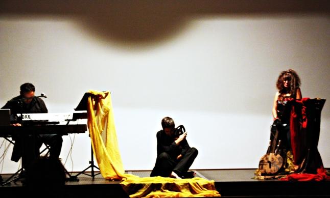 1+1, nei panni di Bilal (ottobre 2011, foto di Giovanni Simbula)